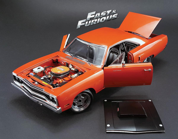 Modellauto, 70 Plymouth Road Runner ″Furious 7″
